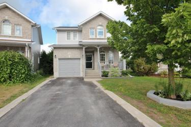 952 Bluffwood Ave, Kingston Ontario